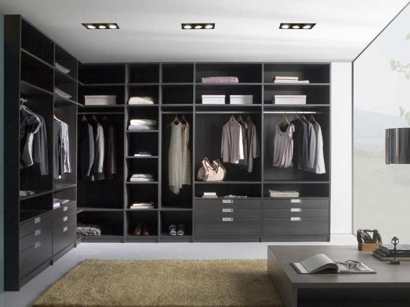 modern-walk-in-wardrobe